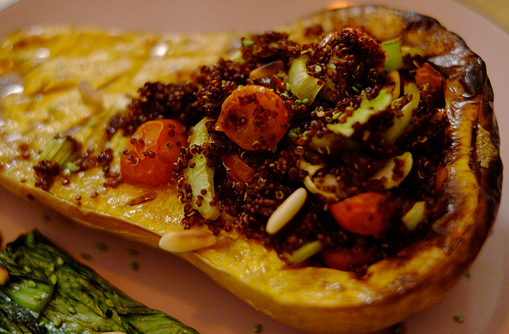 Fast fertig – unser veganer Quinoa-Butternut-Kürbis