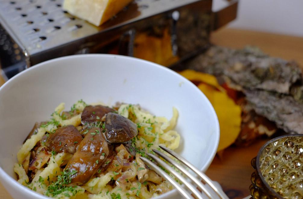 Daraus wurde dann unser leckeres Abendessen – eine Pilzpfanne mit selbstgemachten Spätzle